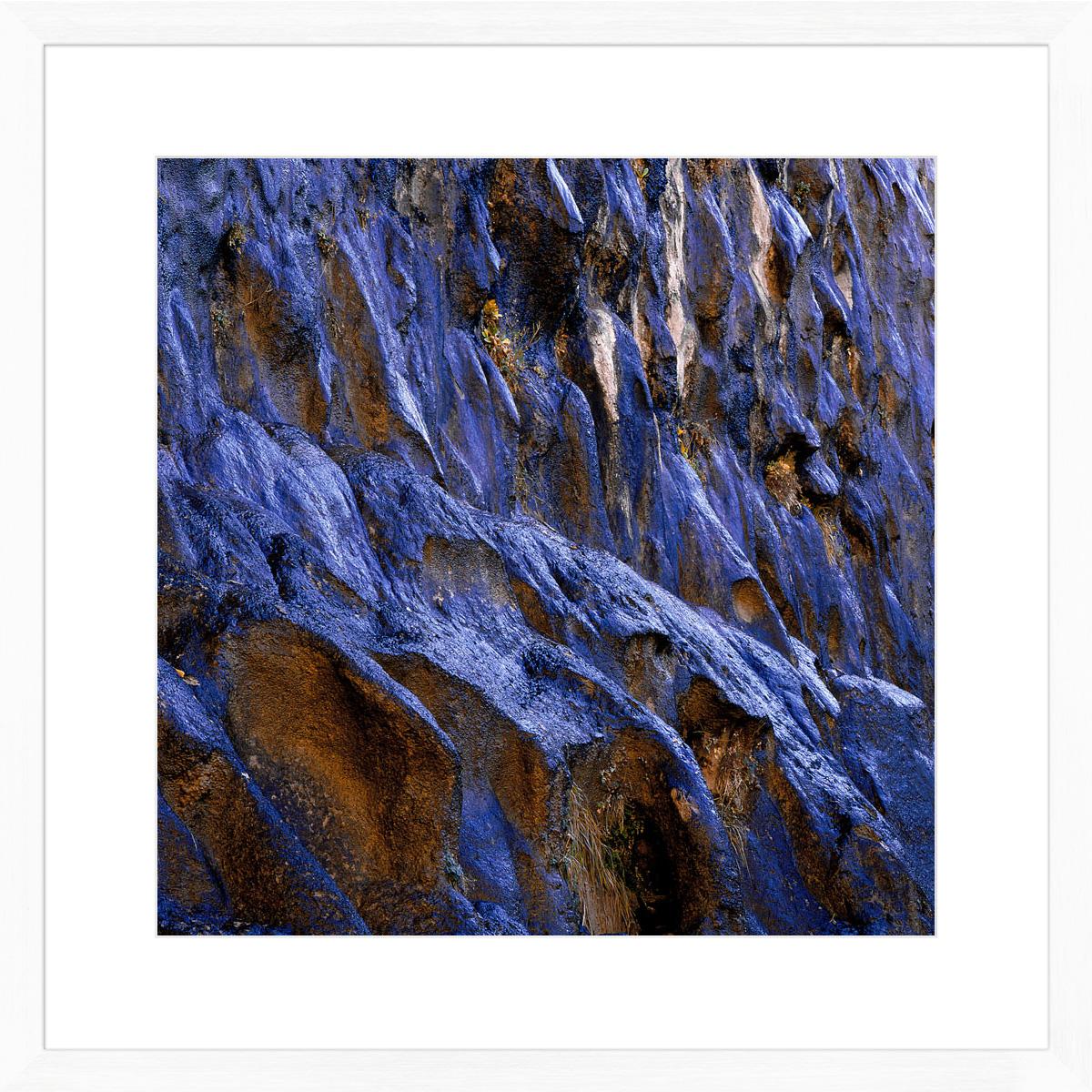 Blue-Rocks_white