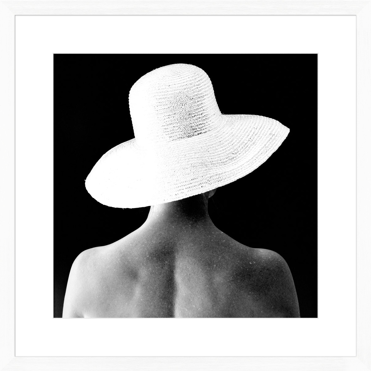 Lady-in-Hat_white