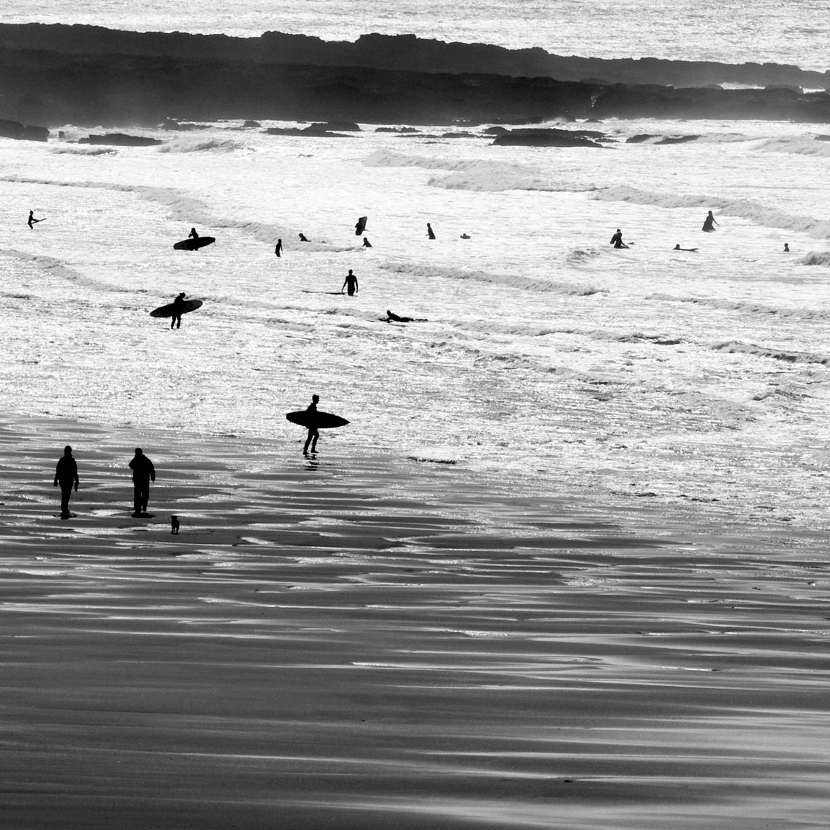 croyde-surfers