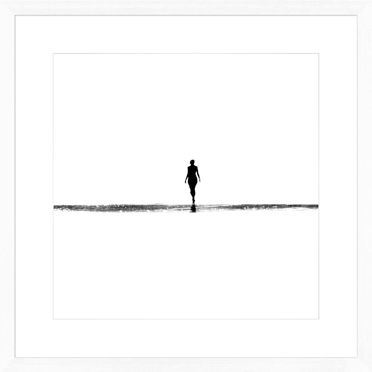 figure_white