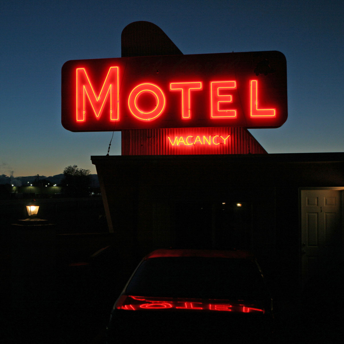 Night-Motel
