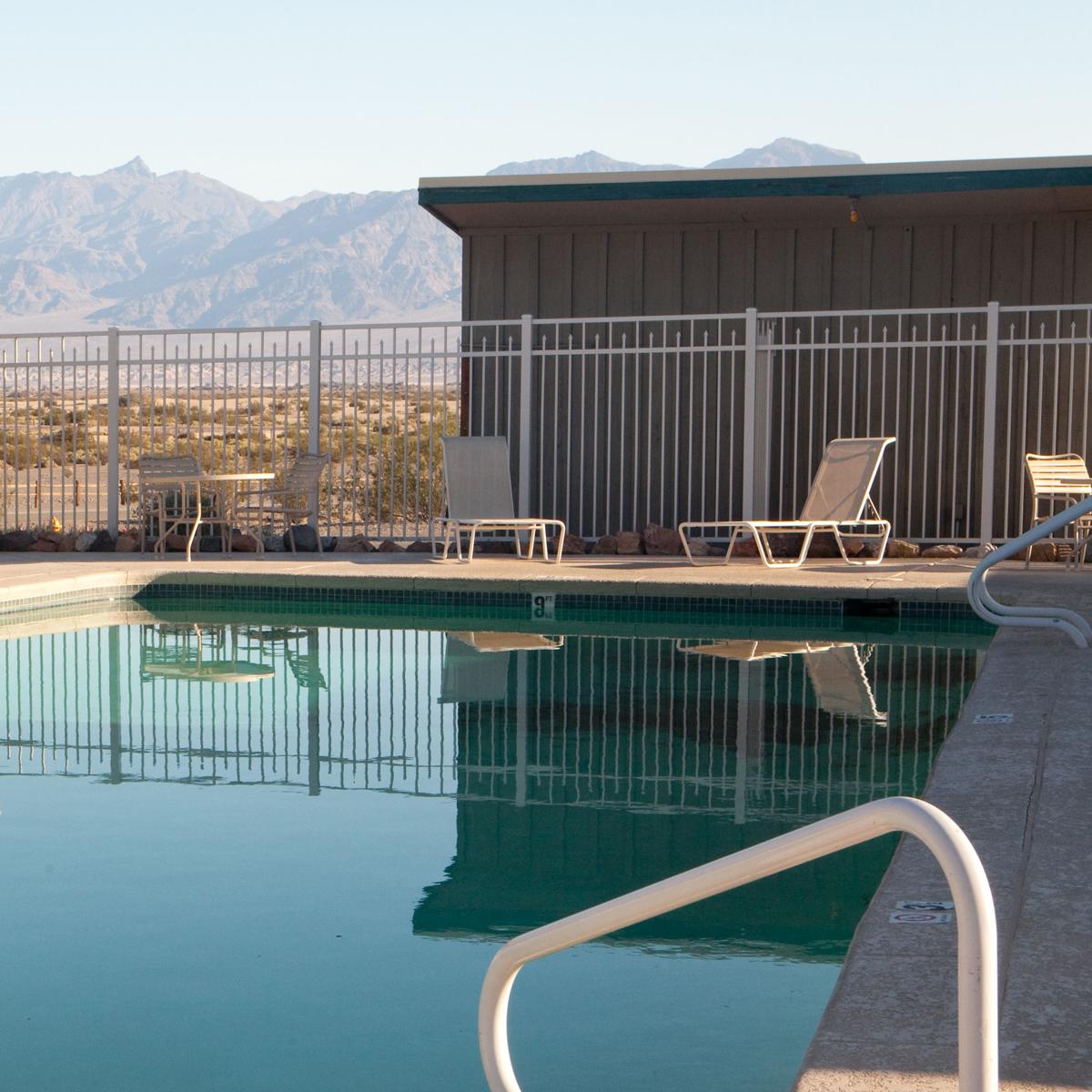 Desert-Pool