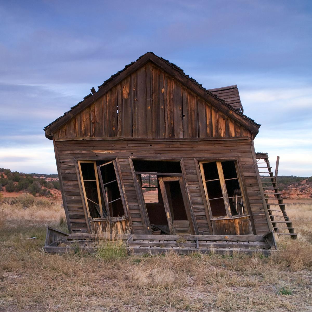 Falling-House