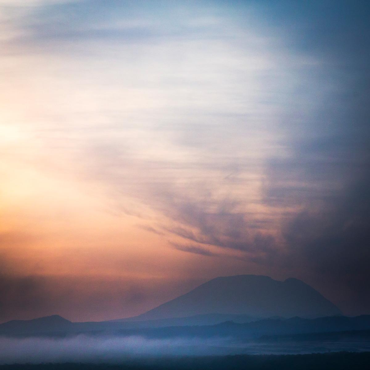 Kilimanjaro-Dawn