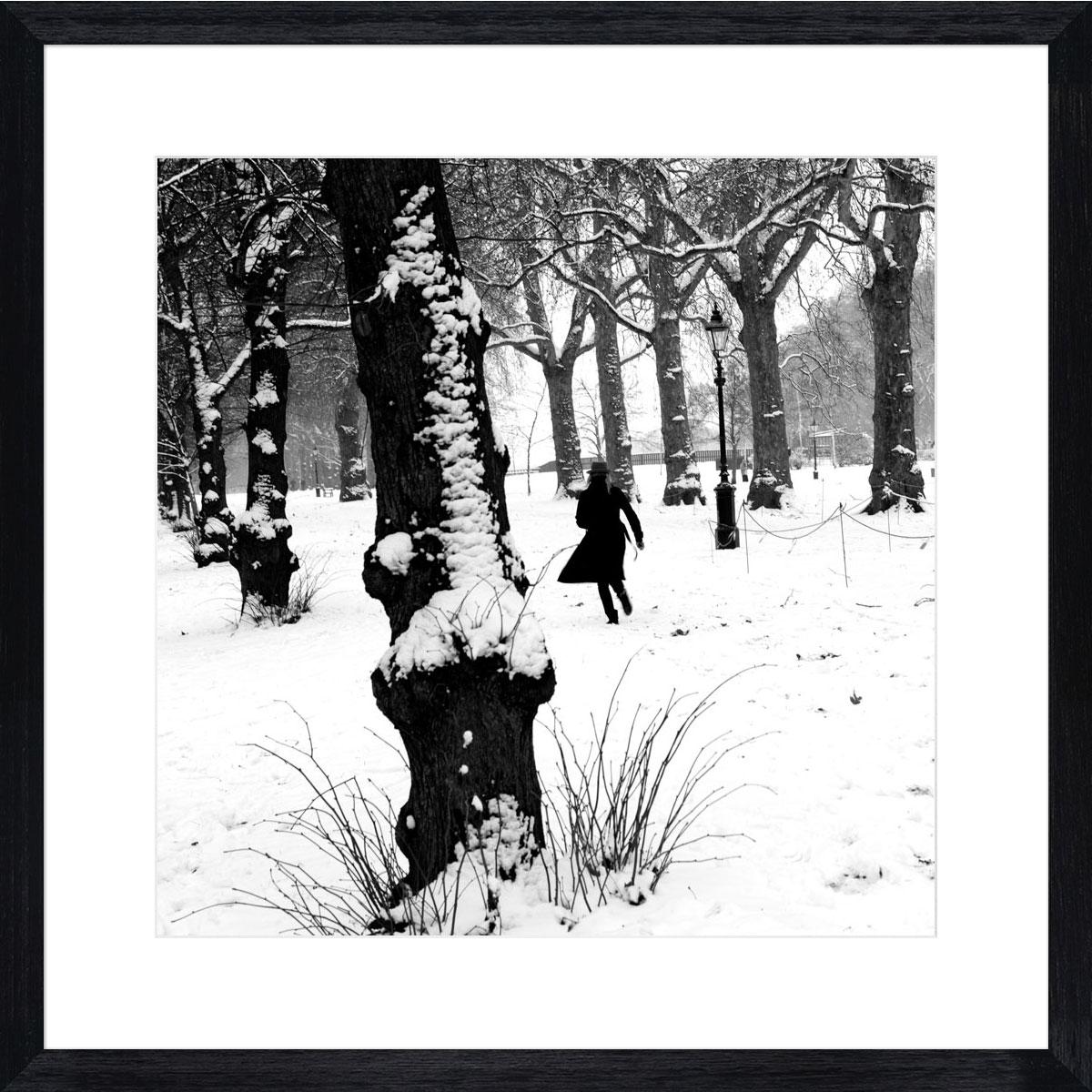 London-snow_black