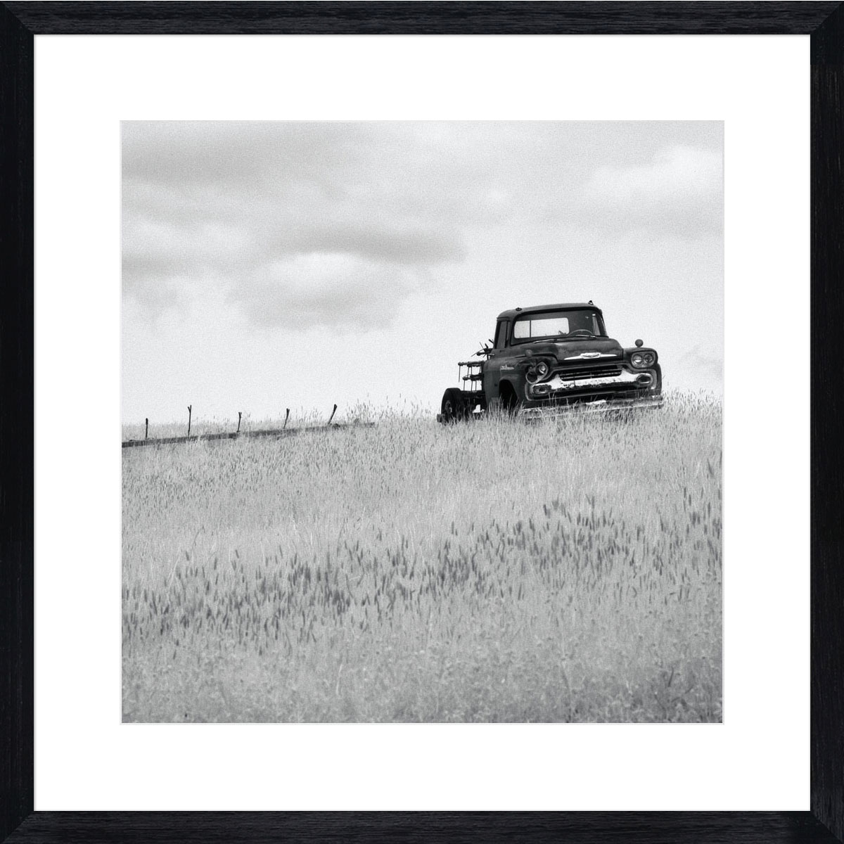 Old-truck_black