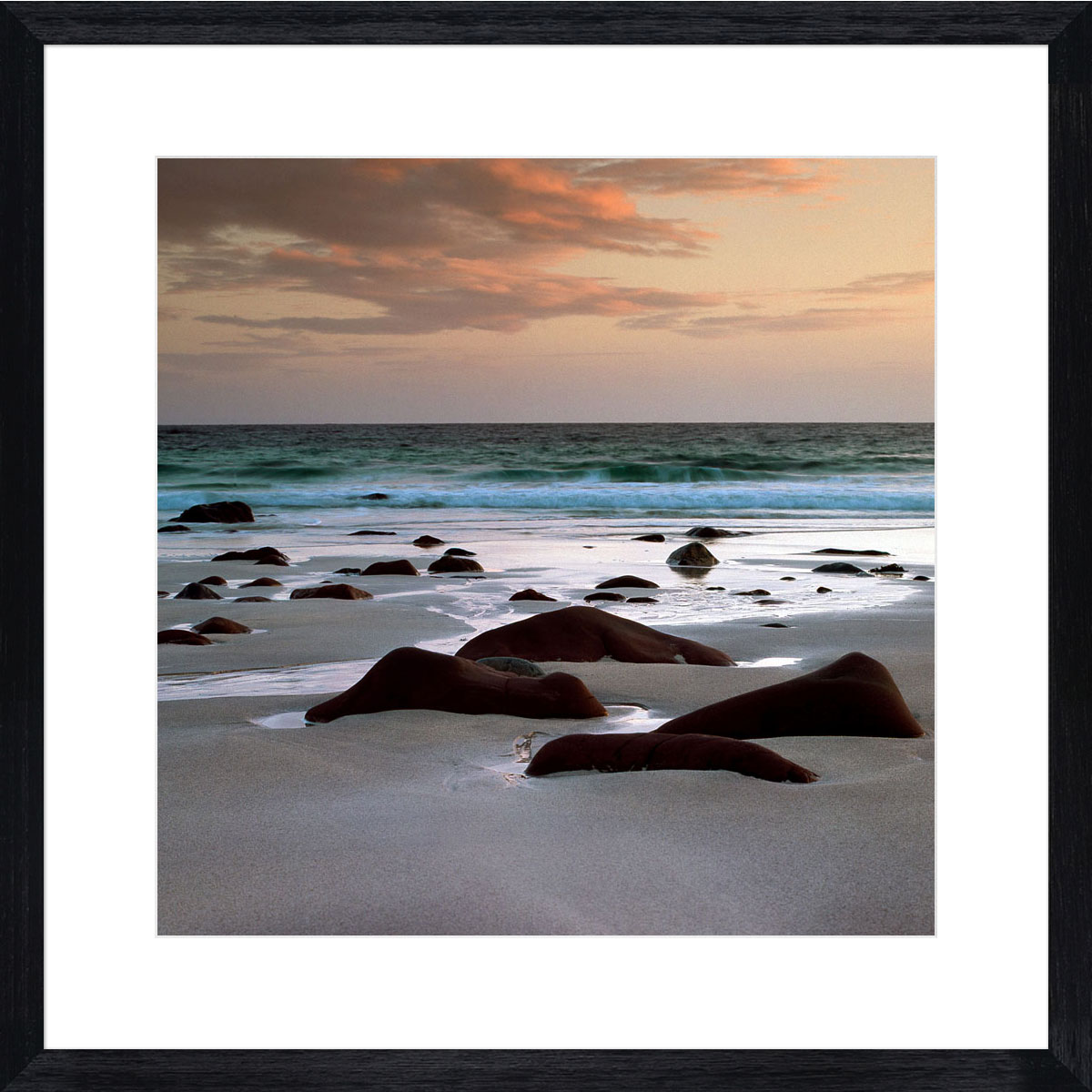 Seal-Stone-Beach_black