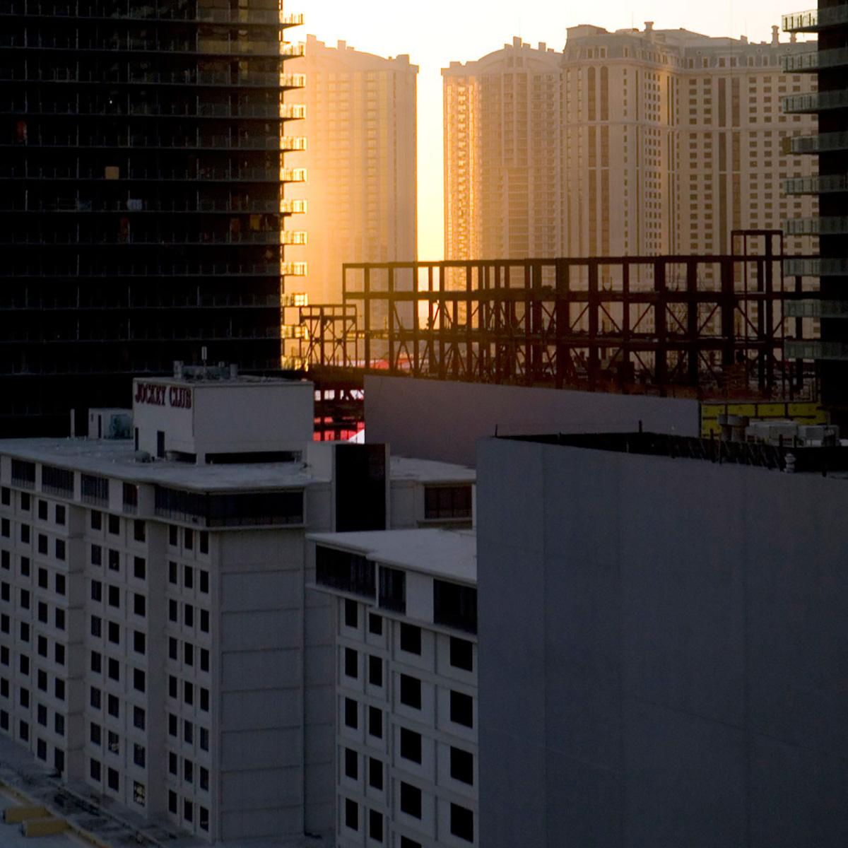 Vegas-dawn