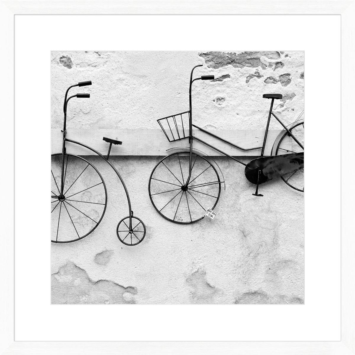 Wall-bikes_white