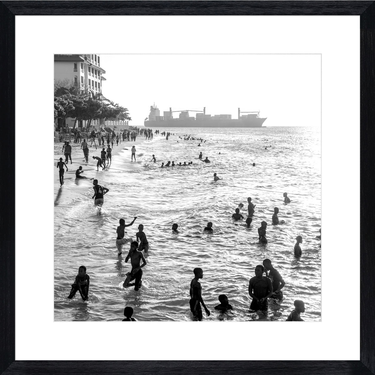 Stone-Town-swimmers-black